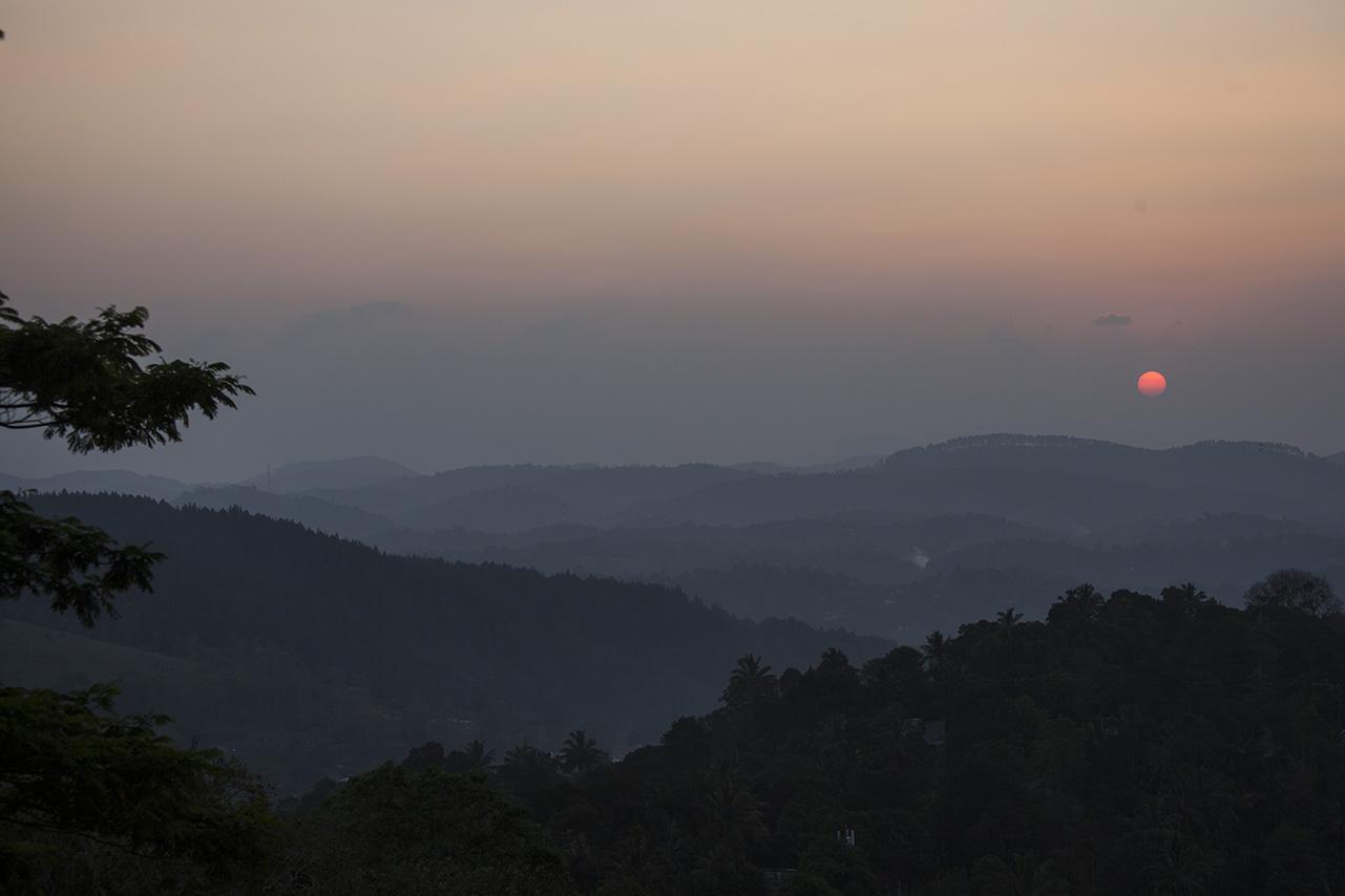 Solnedgång över Kandy
